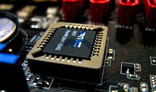 Как выставить загрузку с диска в различных версиях BIOS