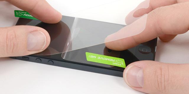 как клеить пленку на айфон